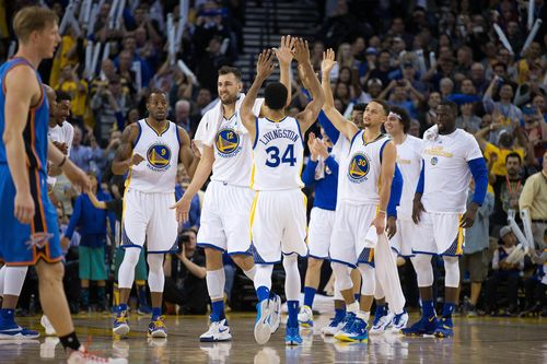 635926524656029363-2016-03-03-Warriors1.jpg