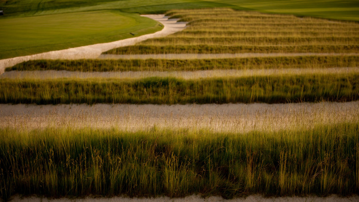 On Golf: Oakmont Country Club Sets Standard for U.S. Open Play