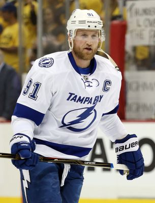 636024121418639758-USP-NHL-Stanley-Cup-Playoffs-Tampa-Bay-Lightning.jpg