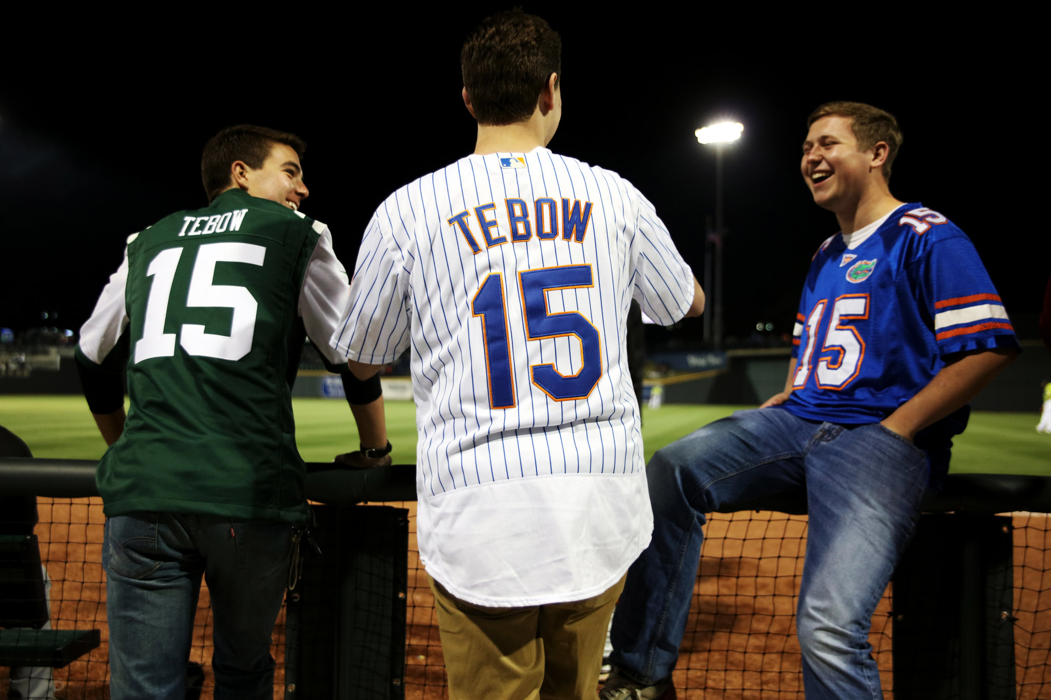 10TEBOW3-superJumbo.jpg