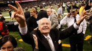 Tom Benson, Tycoon Who Danced With His Saints, Dies at 90