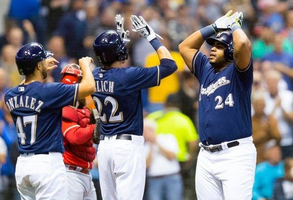 M.L.B. Playoff Races: Brewers Take Care of Business