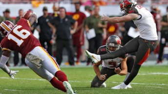 Buccaneers sticking with Fitzpatrick as starting QB
