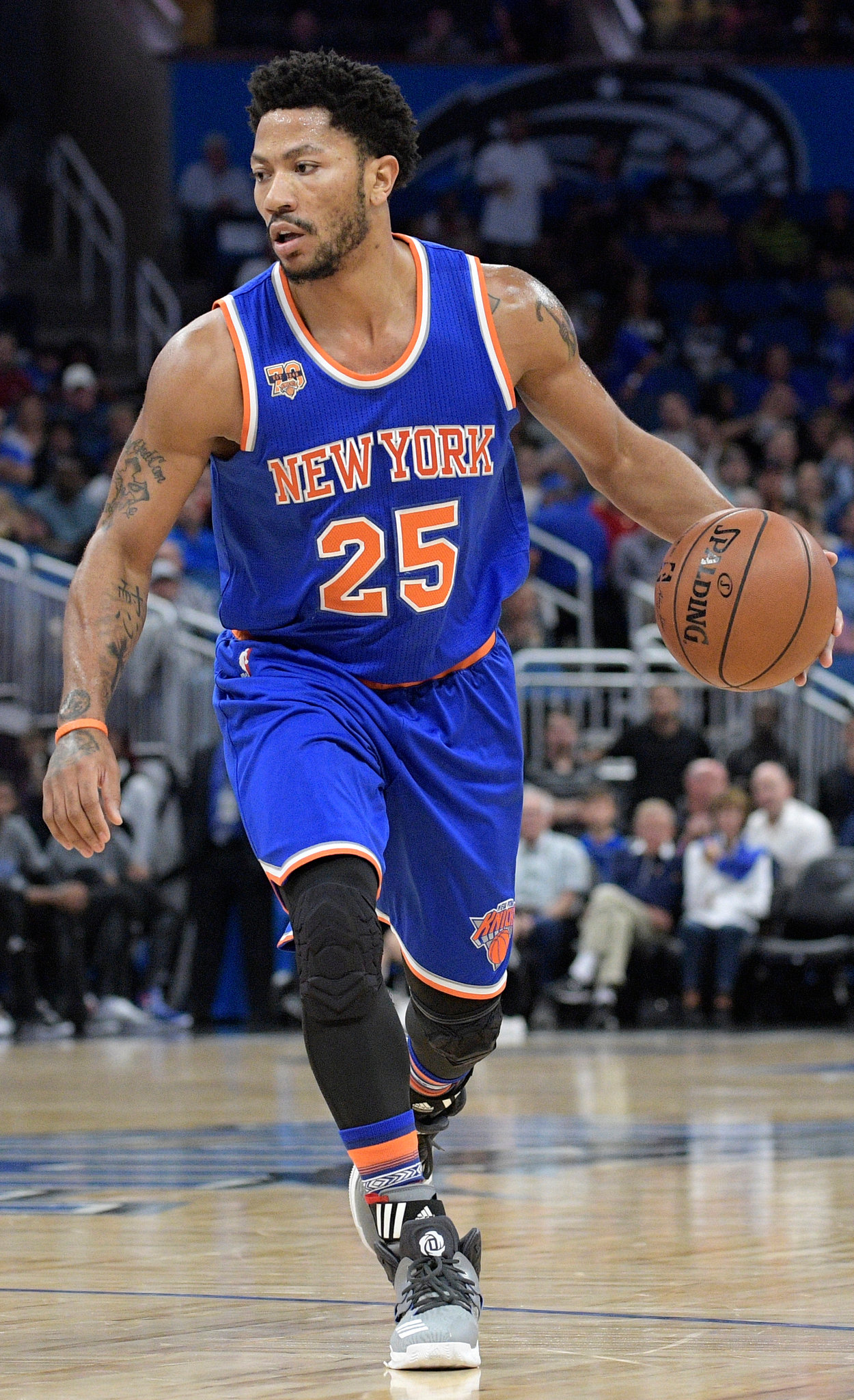After Another Knee Injury, Derrick Rose Faces Grim Future With Knicks ...